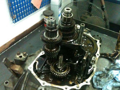 Фото ремонта МКПП Nissan Primera