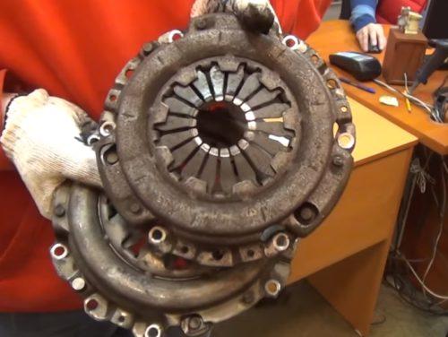 Фото замены сцепления VW Passat