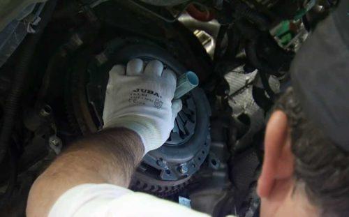 Фото замены сцепления Peugeot