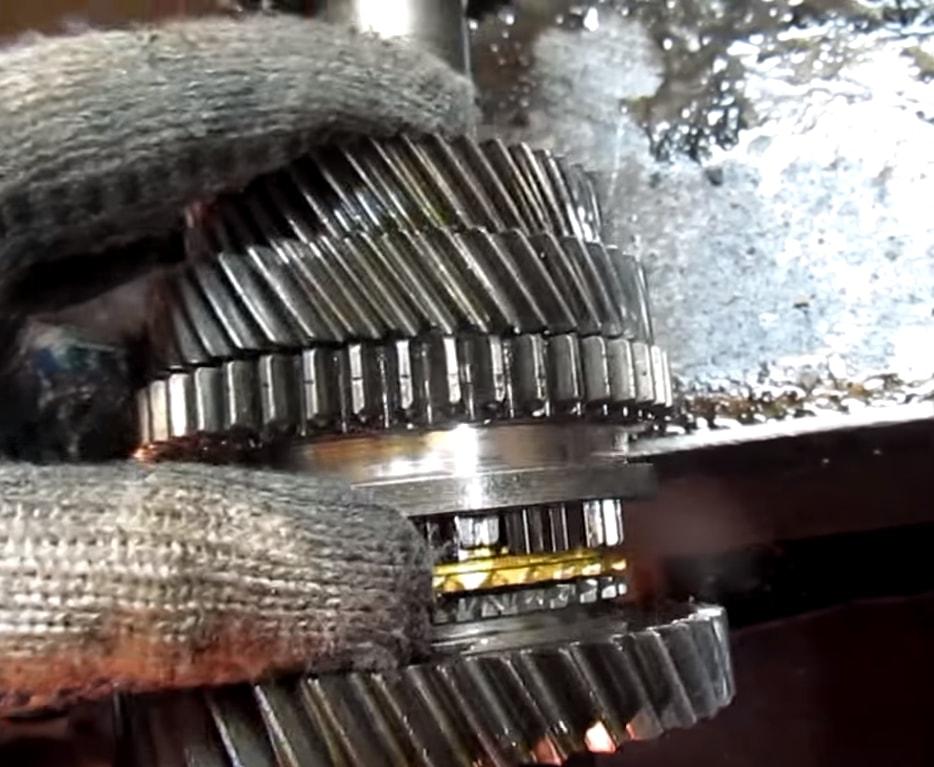 Ремонт МКПП Nissan 370Z